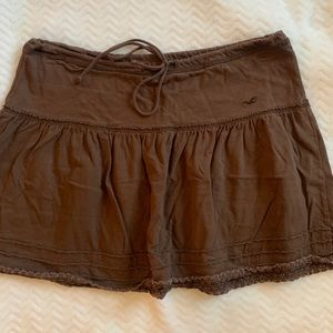 Hollister brown draw string skirt